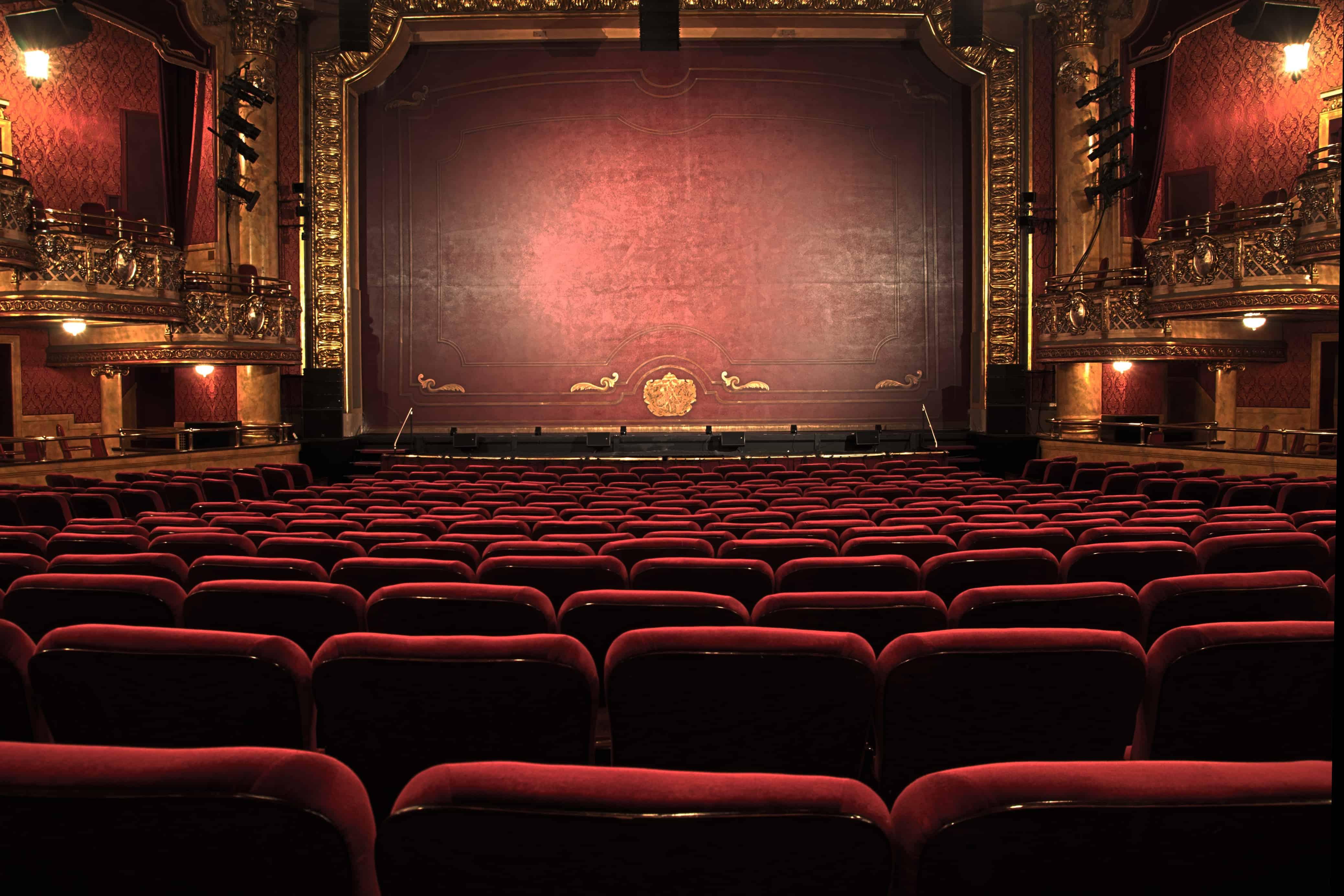 Que peut-on apporter dans un théâtre de Broadway ?